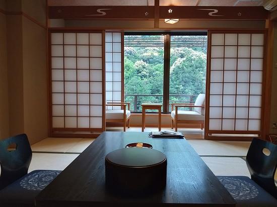 部屋_湯本観光ホテル西京
