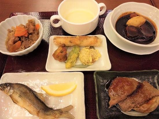 ステーキ_御宿東鳳夕食バイキング