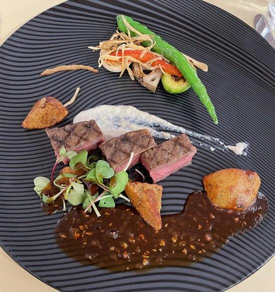 とちぎ霧降高原牛ロース肉のグリル_金谷ホテルディナー